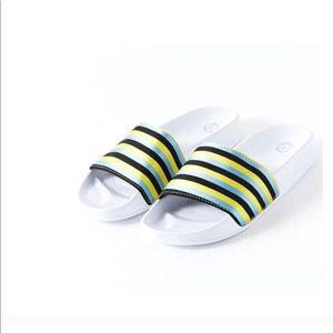 Urban Outfitters Slide Flatform Sandal White Blue